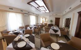 Ресторан отеля Нафтуся6