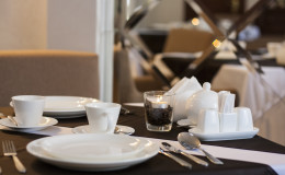 Ресторан отеля Нафтуся2